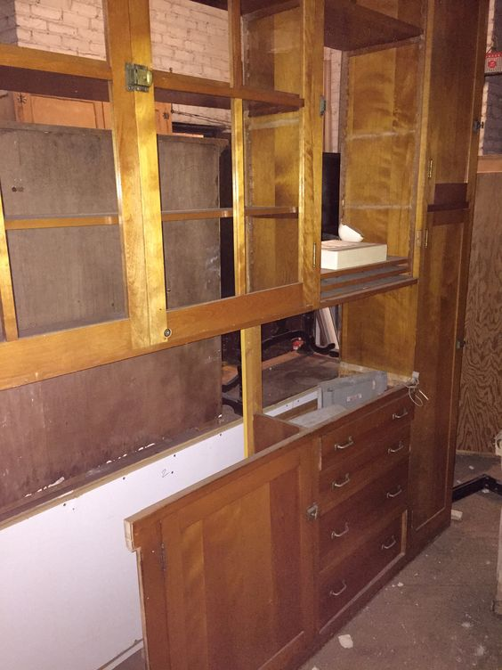 Kitchen cabinets craigslist finds bauer brothers for Why are cabinets so expensive