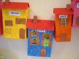Les maisons des anniversaires maternelle tiquettes for Decoration porte arts visuels