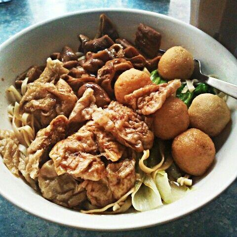 Hong Kong Style Noodle (Che Chai Noodle)
