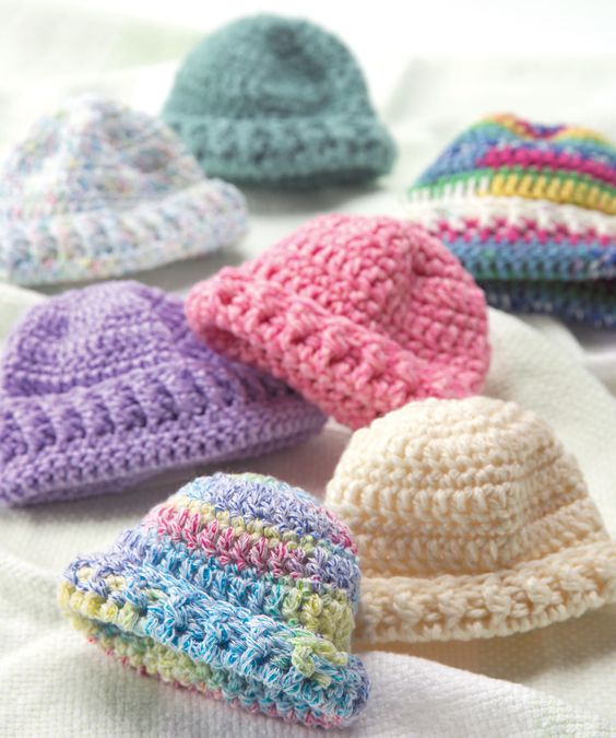 Knit Baby Hat Pattern Pinterest : Wee little newborn hats: free knit or crochet patterns Crochet LOVE! Pint...