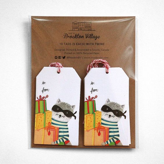 Gift tag set - holiday - raccoon with gifts