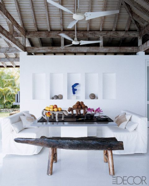 Tropical dining space in Caracas home designed by Fernando Arriaga