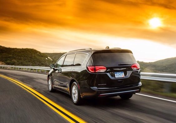 The maxi-new van by Chrysler is completely updated.It's the Pacifica.The Voyager is going in the past.The all-new Pacifica is available with 17-,18-or 20-inch wheels,which help to emphasize the Pacifica's planted stance and athletic proportions.The all-new 2017 Chrysler Pacifica is available in 10 different exterior paint colors that accentuate its surfacing from every angle and in every light.The Pacifa comes with a 3.6liter engine and a V6. 287HP are saved.You can choose into two…