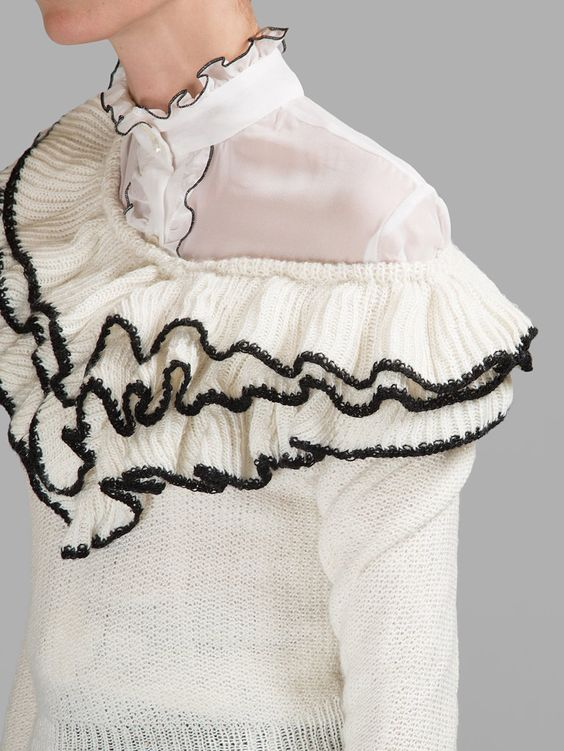Monochrome frill sweater, contemporary knitwear details // Rodarte: