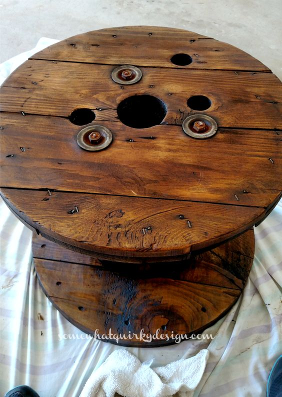 Somewhat Quirky: How to Make A Spool Table