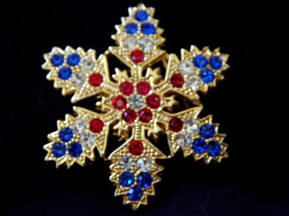 Vintage+Gold+Red+Blue+Rhinestone+Patriotic+Flag+Christmas+SNOWFLAKE+Brooch+Pin++#Unbranded
