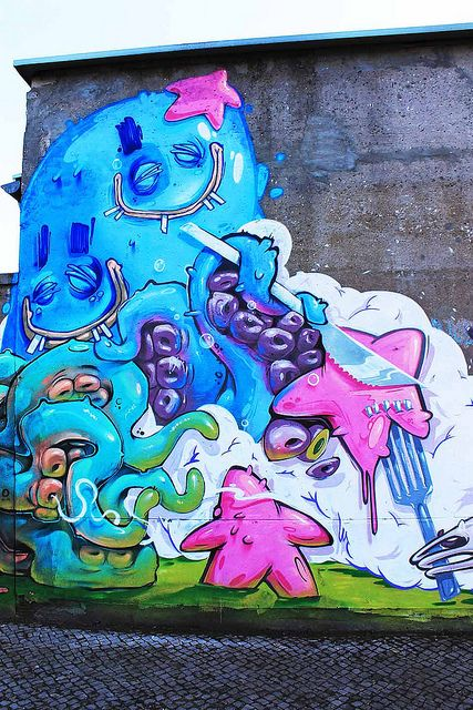 Tentacleoverdoese by Herr von Bias (The Weird) & Erase & Arsek - Street Art and Graffiti in Berlin
