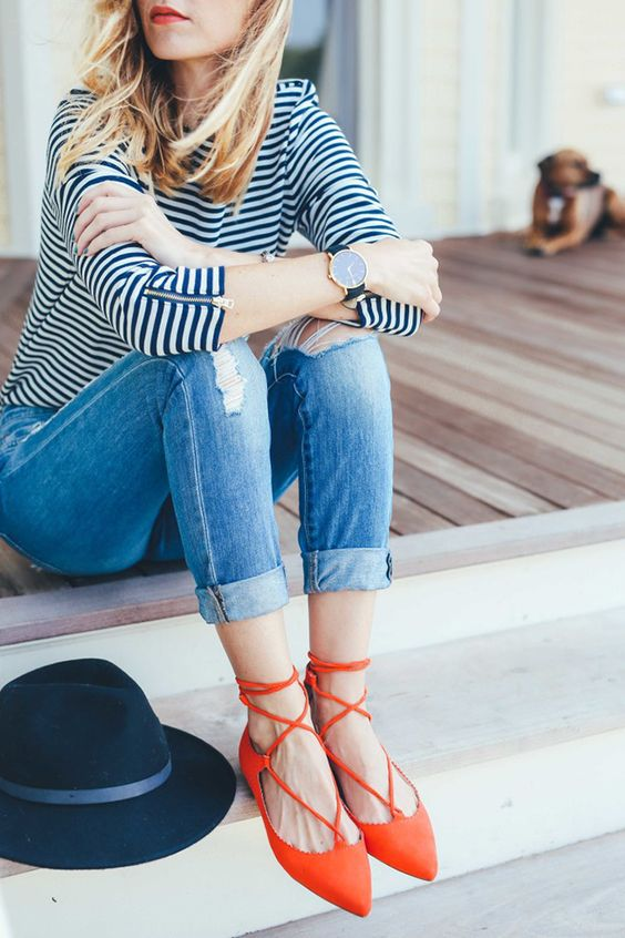 Lace up flats and casual outfit with jeans