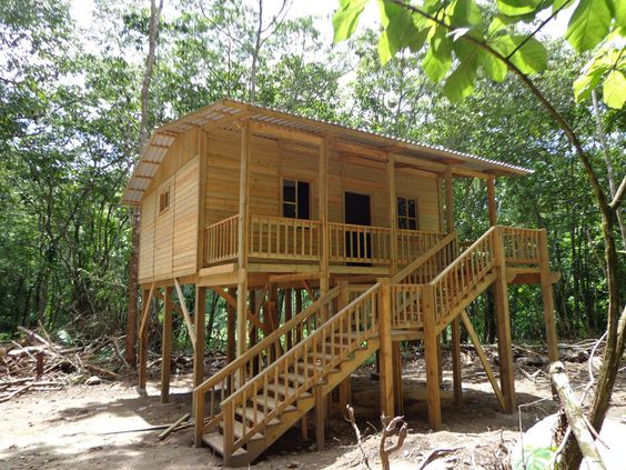 Tiny houses on stilts google search guatemala Log cabin homes on stilts