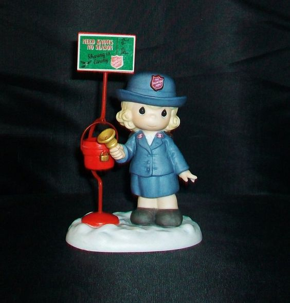 Precious Moments 2000 Figurine He Is My Salvation 135984 Salvation Army $14.99 Free Shipping
