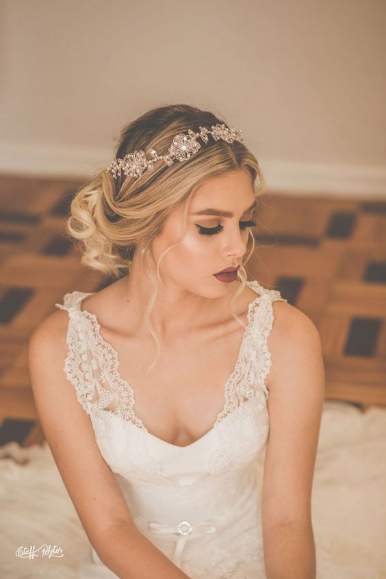 tiara-de-noiva-com-flores-aflorar (4)_700x1050_640x960