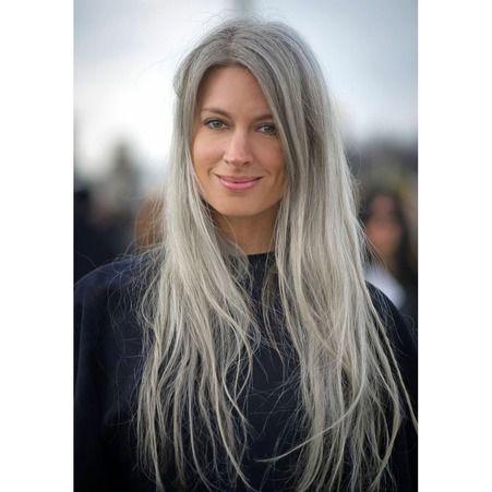20 jolies façons de porter les cheveux blancs , Cheveux gris longs et dégradés