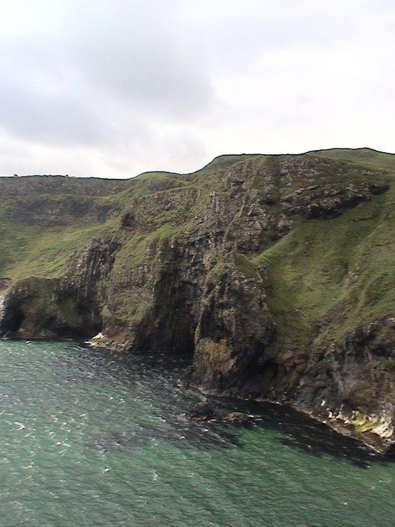 Carrick-a-rede, Ireland