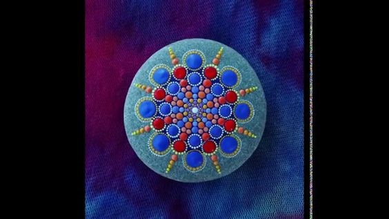 Stop motion mandala stone by Elspeth McLean music by Adam Dobres and Jas...