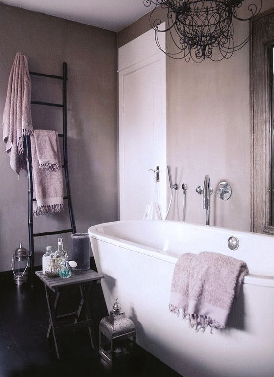 シャビーシックでおしゃれなバスルーム の画像 賃貸マンションで海外