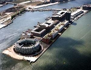 KNSM Eiland, Roterdã, 1988. Plano Diretor do arquiteto Jo Coenen