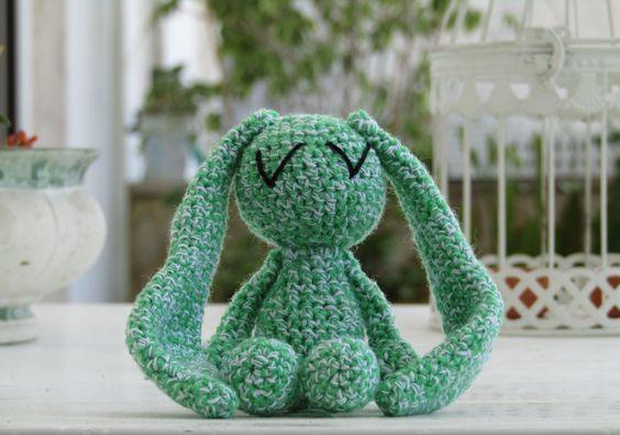 Il verde coniglio dei Negramaro realizzato all'uncinetto : Giochi, giocattoli di il-verde-coniglio
