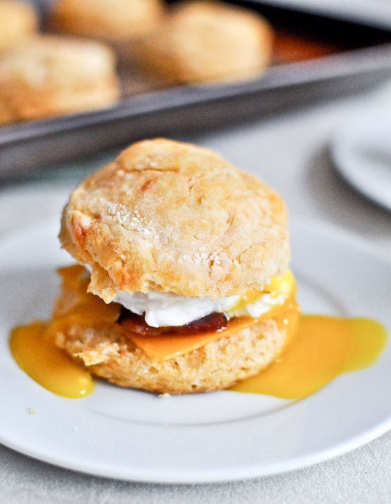 Sweet Potato Breakfast Biscuits Recipe via How Sweet Eats - The Best Homemade Biscuits Recipes - Quick, Easy and Delicious Bread Sides for Breakfast, Brunch, Lunch and Family Dinner! #biscuits #biscuitrecipes #homemdebiscuits #easybiscuits #rolls #homemadebreadsides #bread #breakfastrecipes #comfortfood