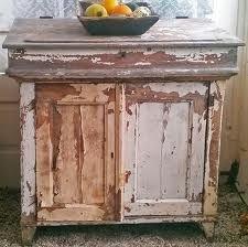 Brocante houten keukenkast.