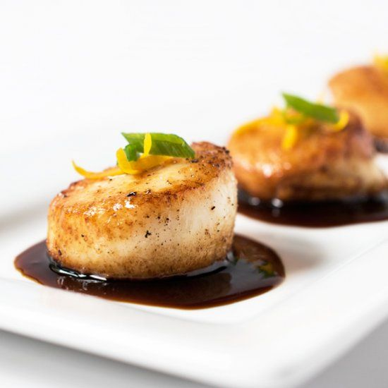 Make scallops like a pro! These Orange-Soy Glazed Scallops take only 15 minutes to make!