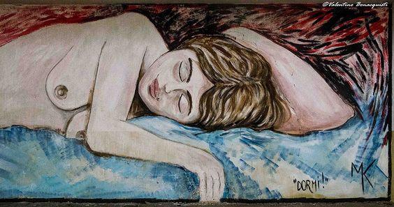 RT @GiuseppeTurrisi: Dormire è distrarsi dal mondo.  J.L.#Borges  (#StreetArt by MK Ferentino)  #giornatamondialedelsonno @iCulTweet https://t.co/keTZ3EgrD6