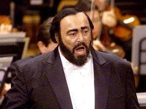 6 septembre 2007 Décès du ténor italien Luciano Pavarotti #musique https://t.co/NpYTtGuFIv https://t.co/NlzLYJjyQ6