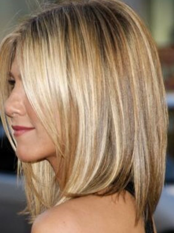 Jennifer Anniston  If you love her hair color;  Bleach, 8A and 6N: