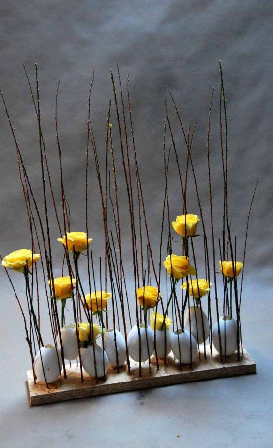 Dekorative Osteridee: Eier und Blumen zwischen dünnen Ästen. Wirklich schön! >> 18009_420407464700318_552384675_n.jpg 586×960 píxeles: