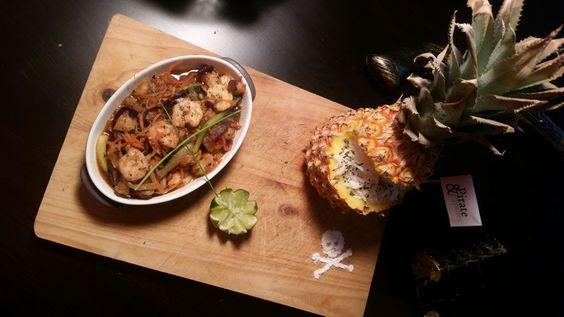 Crevettes Teriyaki revisitées à l'ananas.