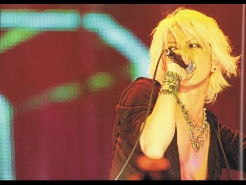 VAMPS (Hyde) live - YouTube