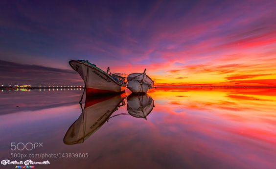 When a Couple on Red Sky by BertoniSiswanto. Please Like http://fb.me/go4photos and Follow @go4fotos Thank You. :-)