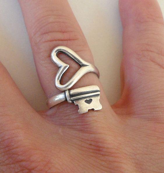 Steampunk Skeleton Key Ring Key To My Heart by bellamantra on Etsy, $28.00