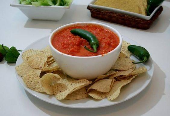 Receita de Salsa Mexicana. Saiba os ingredientes e o passo a passo para fazer bem fácil.