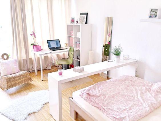 Schönes helles WGZimmer in Gießen mit weißen Möbeln und hellem