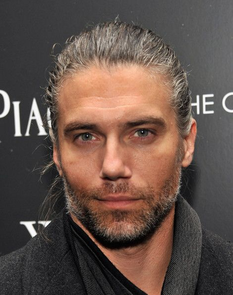 How in the world have I gone for so long without being aware of Anson Mount?