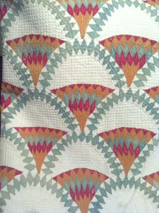 Beautiful uniquee clam shell variation quilt posted by Julie Silber