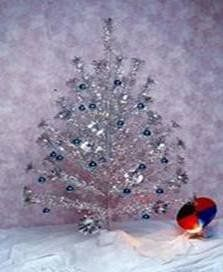 aluminum Christmas tree with revolving color wheel