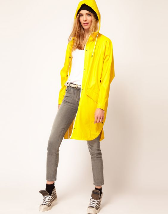 Selected Rafael Festival Trench