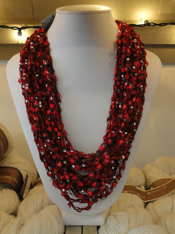 Ravelry: The Ladder Bead Necklace Recipe by Drew Kinsey