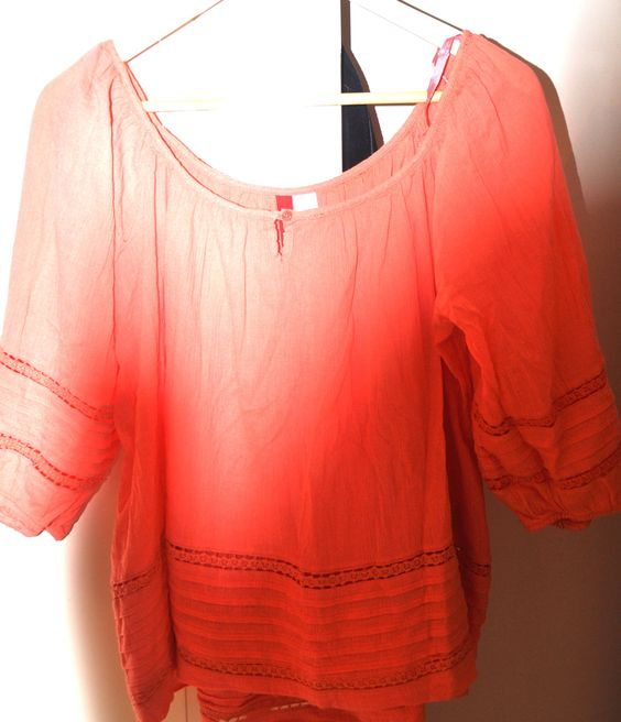 Oranje 70's look shirt met driekwart mouw en ronde hals, maat 36.