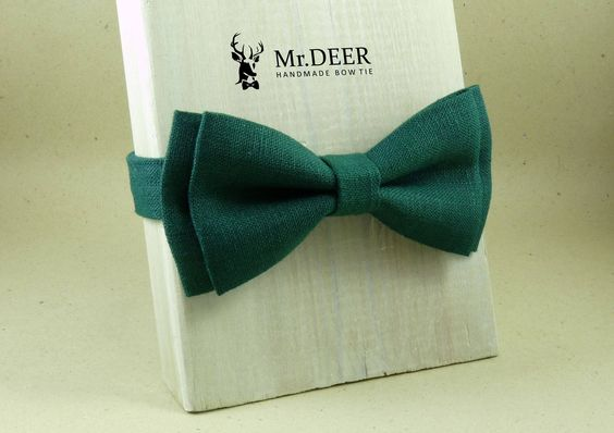 Pine Green Linen Bow Tie - Ready Tied Bow Tie - Adult Bow Tie - Mens bowtie - Groomsman, Rustic Wedding Bow Tie - Gift for Him - Mr.DEER by MrDEERbowtie on Etsy