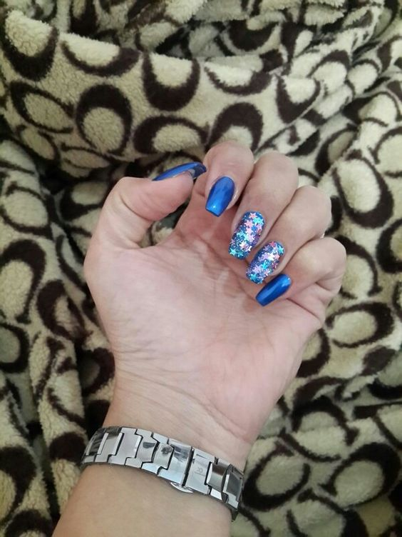 Blue nails are my fv