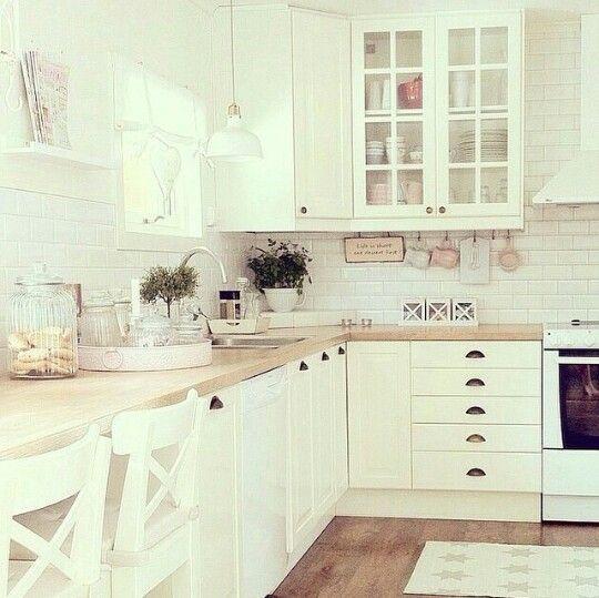 sch ne helle k che k chen pinterest. Black Bedroom Furniture Sets. Home Design Ideas