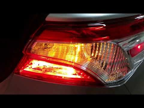2018 2022 Toyota Camry Testing Tail Lights After Changing Burnt Out Light Bulb Youtube Light Bulb Tail Light Toyota Camry