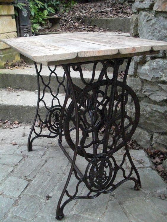 Table bois recycl et pied en fonte de machine coudre - Pied de table en fonte occasion ...