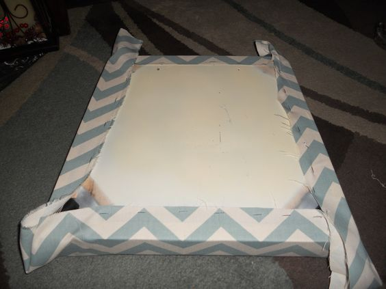 DIY Painting Chairs and Adding Upholstered Cushions to a Dumpster Find