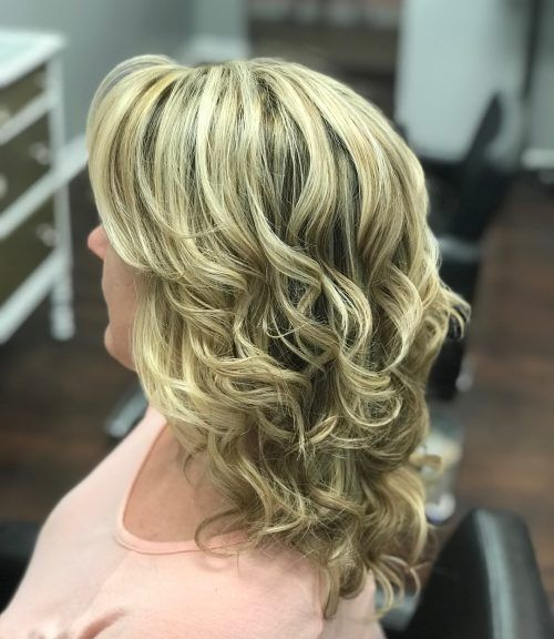 Picture Of Simple Waves Mother Of The Bride Hairstyle Mother Of The Bride Hair Mother Of The Groom Hairstyles Hairdo Wedding