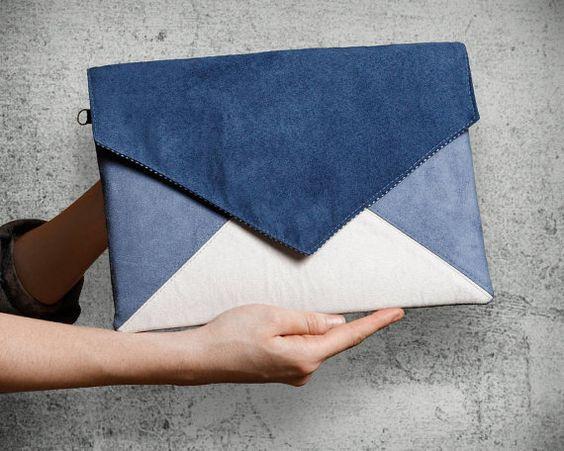 Clutch Bag Umschlag Brief blau Ecru Vegan faux von cocoonobags