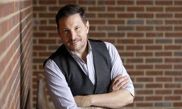 Nov. 8, 2016 - HuffingtonPost.com - With 'House On Fire,' gay country arist Ty Herndon aims to 'change hearts and minds'