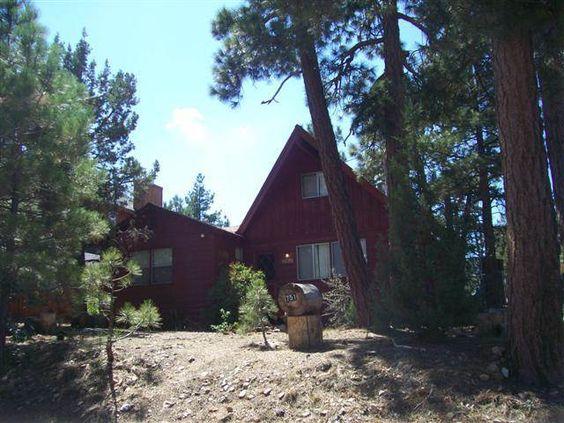 Big Bear Cabin 4u Charming And Cozy Three Bedroom One